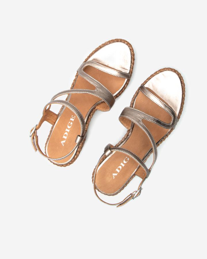 Ferguie sandale chic compensée dorée