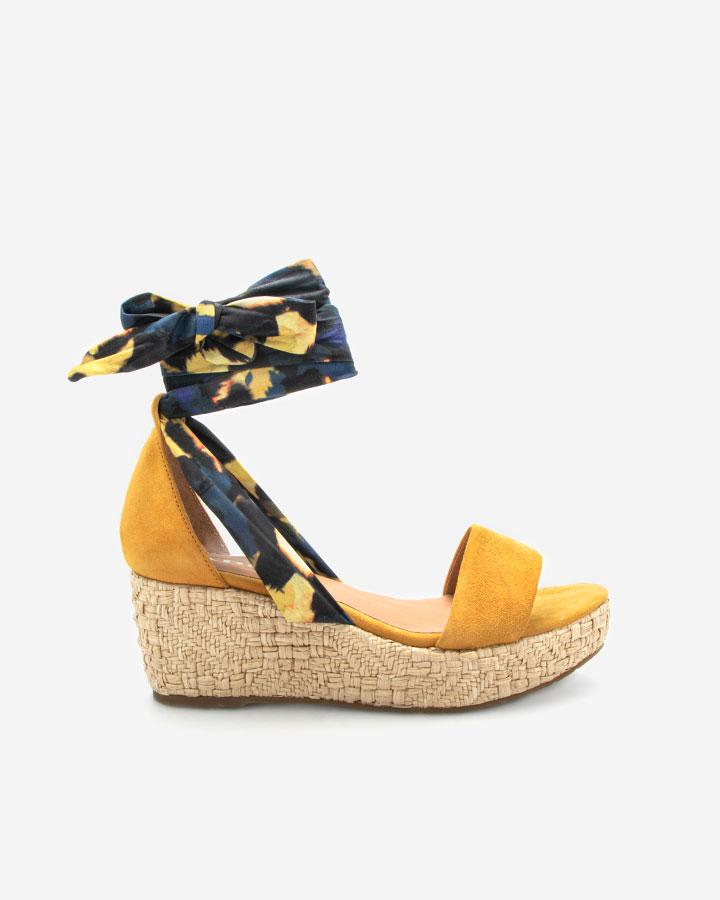 Nais sandale compensée jaune